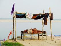 23_Benares_ghat