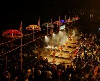 40_Varanasi_puja_3